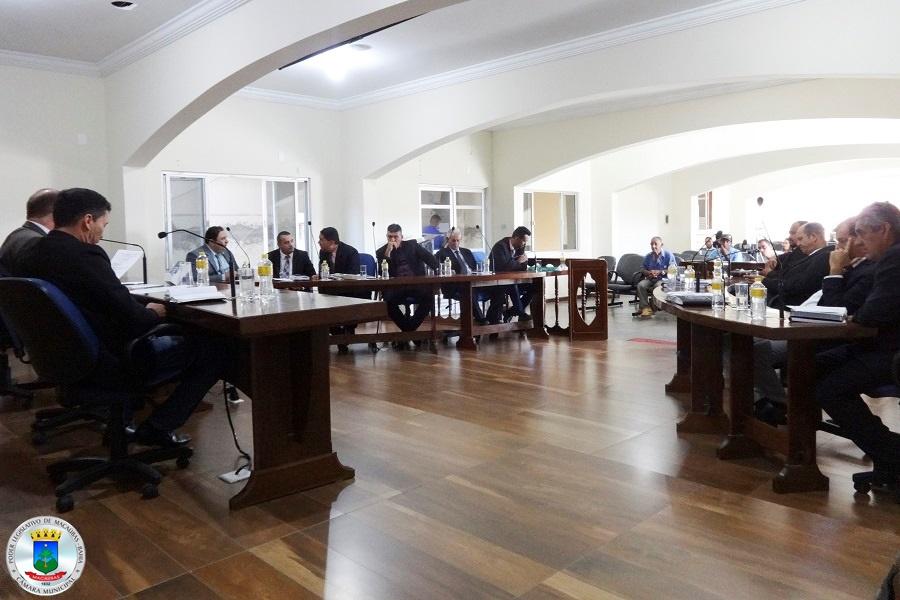 27ª Sessão: Câmara apresenta dois projetos referentes ao Povoado de Cristais