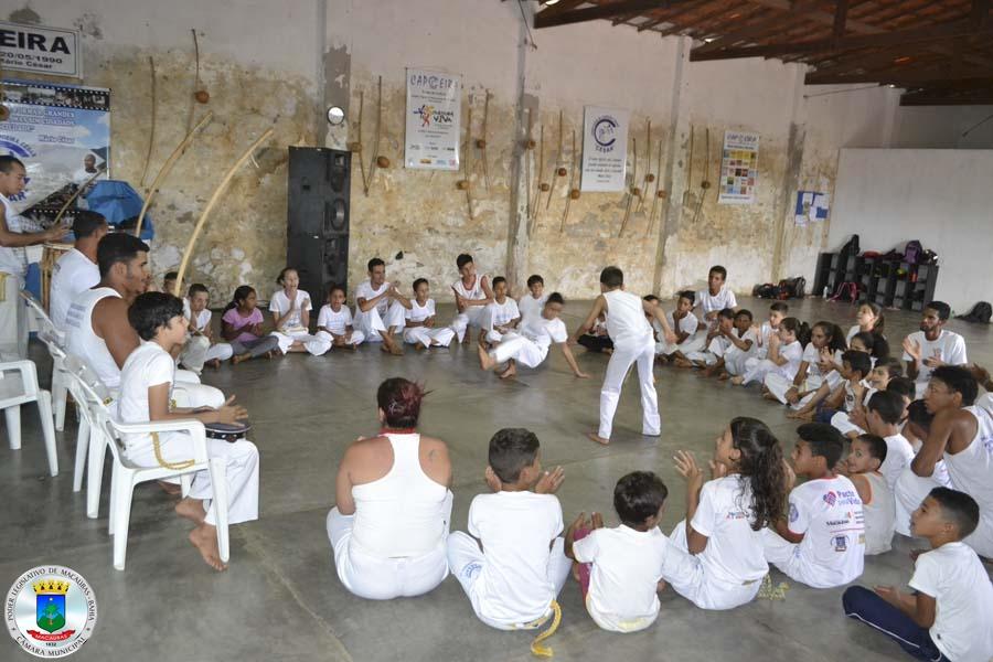 Capoeira Cultura da nossa terra… Saiba mais…