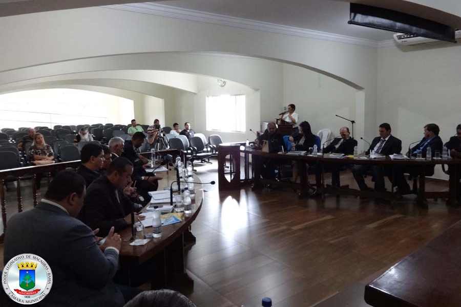 41ª Sessão: Indicações, Uso da Tribuna popular e dois Projetos votados